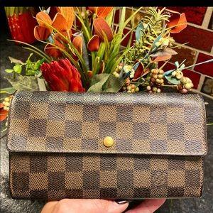Authentic Louis Vuitton wallet. Ebene damier